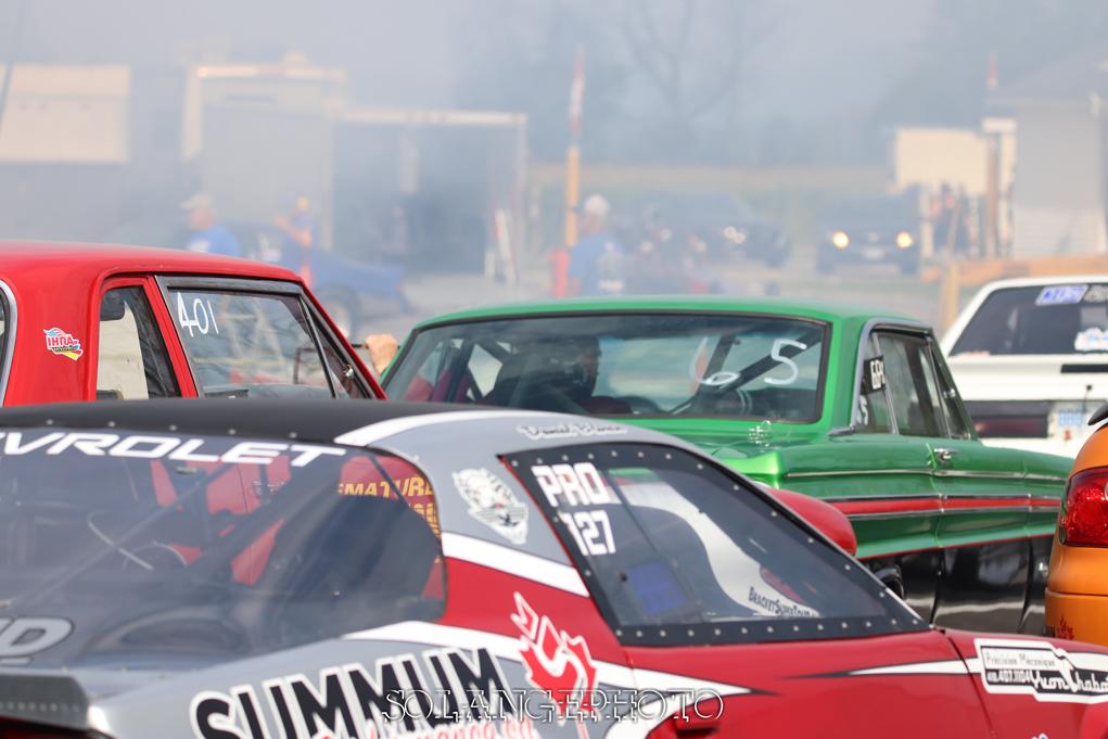 Les voitures de la catégorie PRO sont toujours nombreuses dans les lignes de préparations © Solange Lefebvre